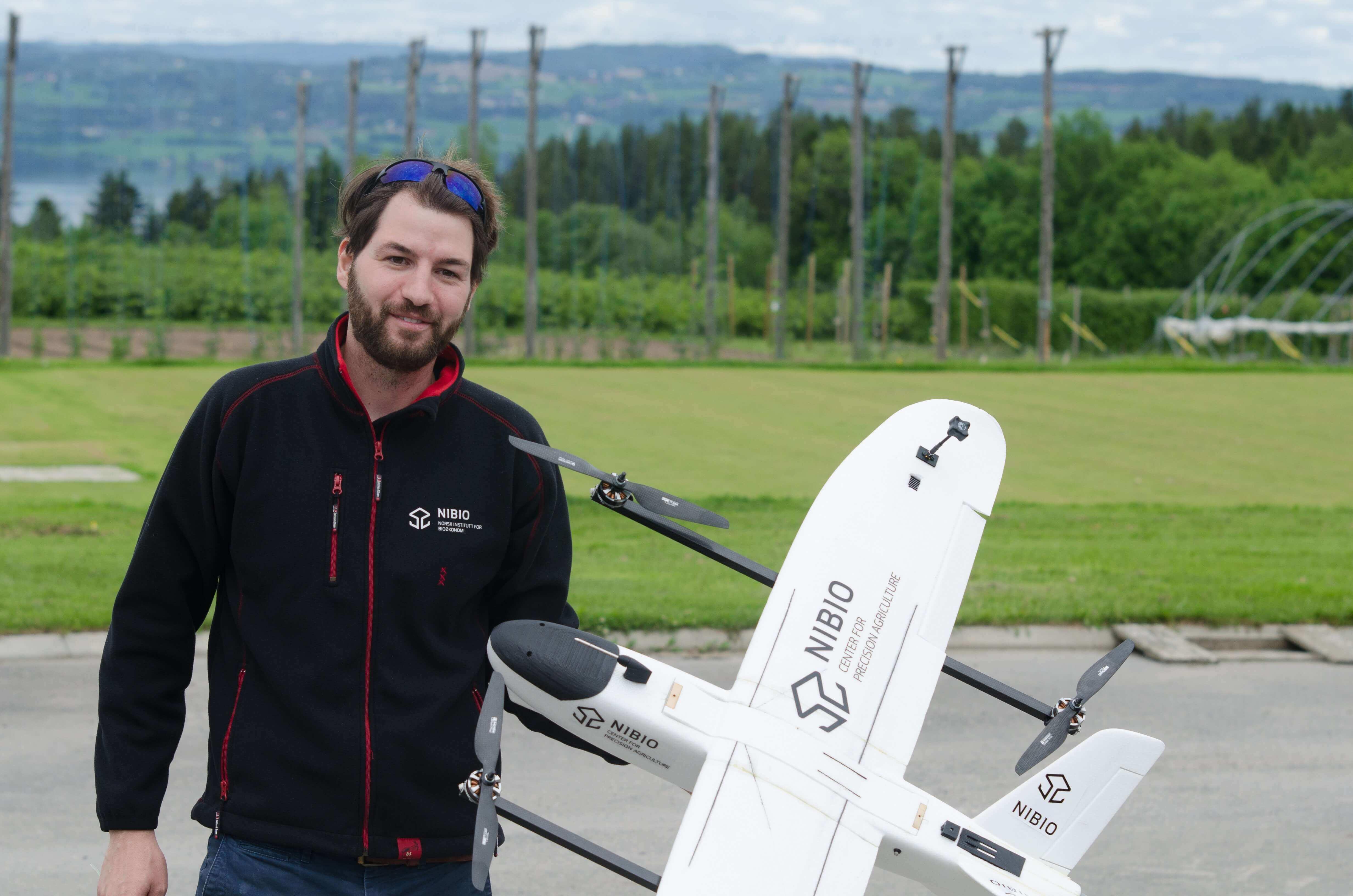 VTOL UAV prototype presentation