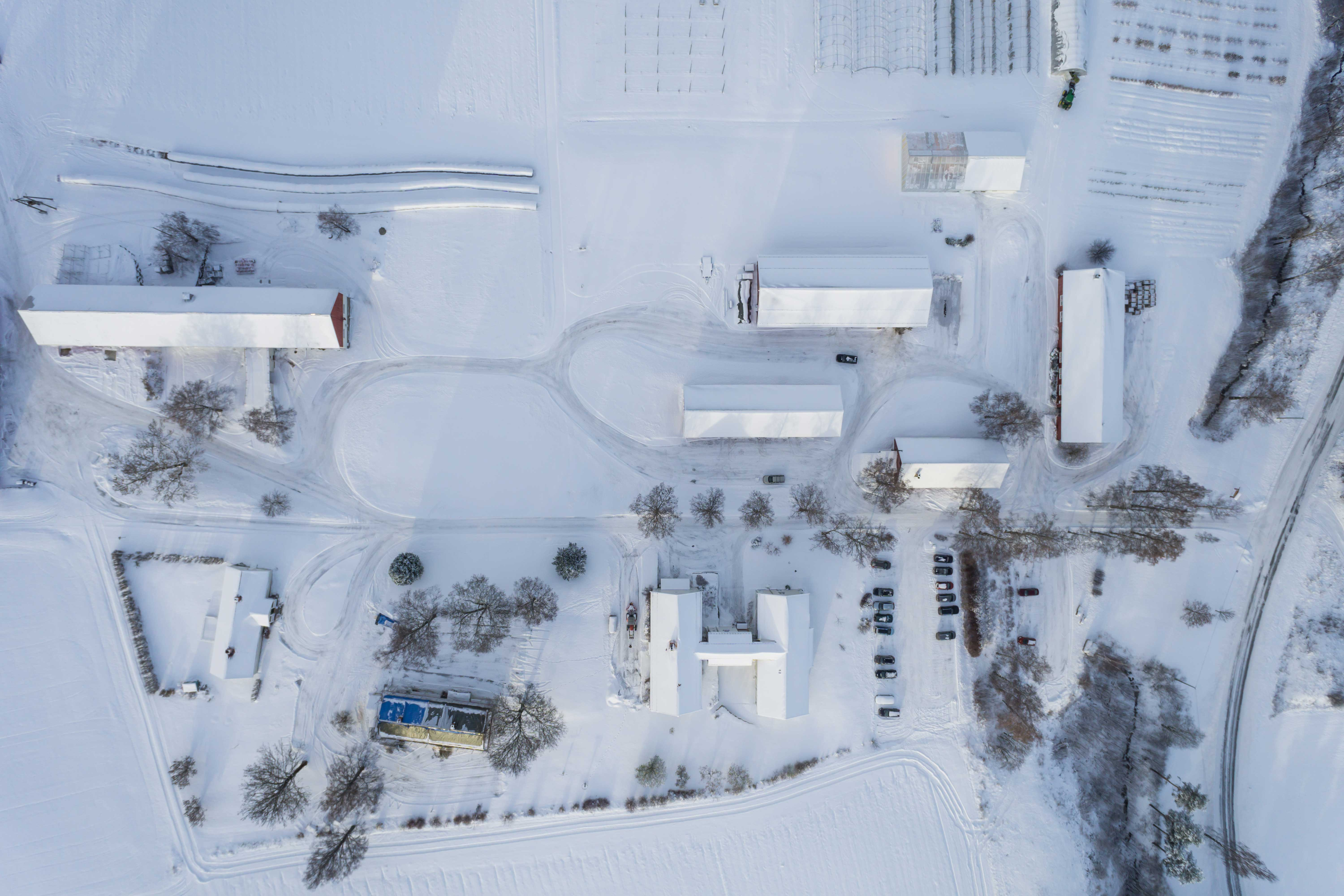 Facilitys of Apelsvoll research station in winter
